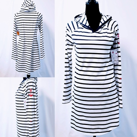 Nautica Other - Nautica Dark Blue Striped hooded chemise M🆕🦄